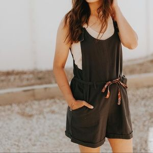 Hem & Thread Other - Linen Overall Romper